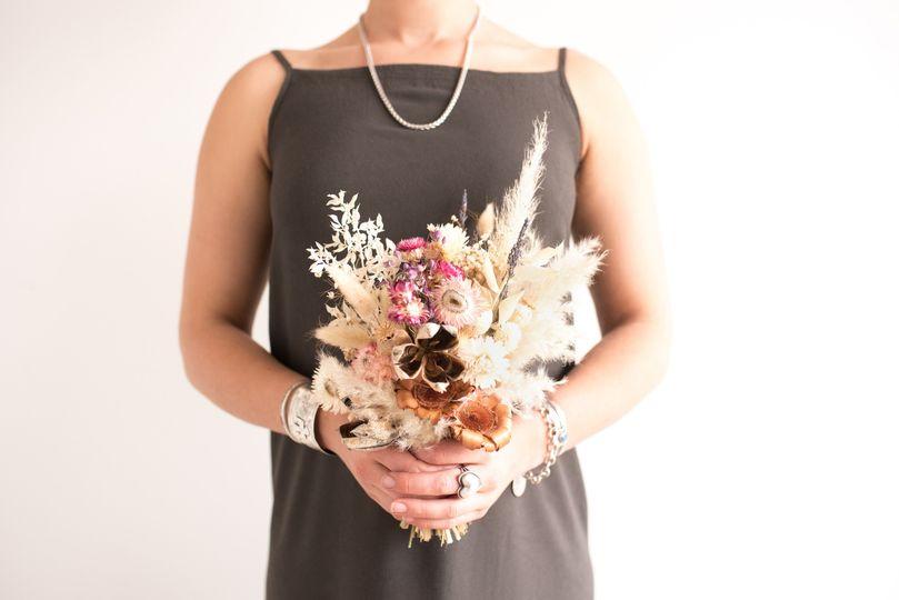 Yucca Palette: Petite Bouquet