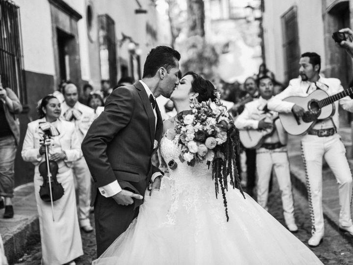 Tmx Dsc 1677 51 1071653 158585877359296 Leon, MX wedding planner
