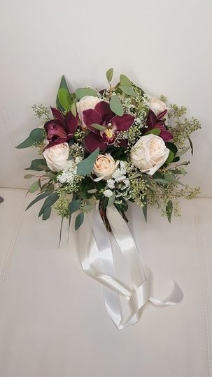 800x800 1511129343993 cymbidium bouquet