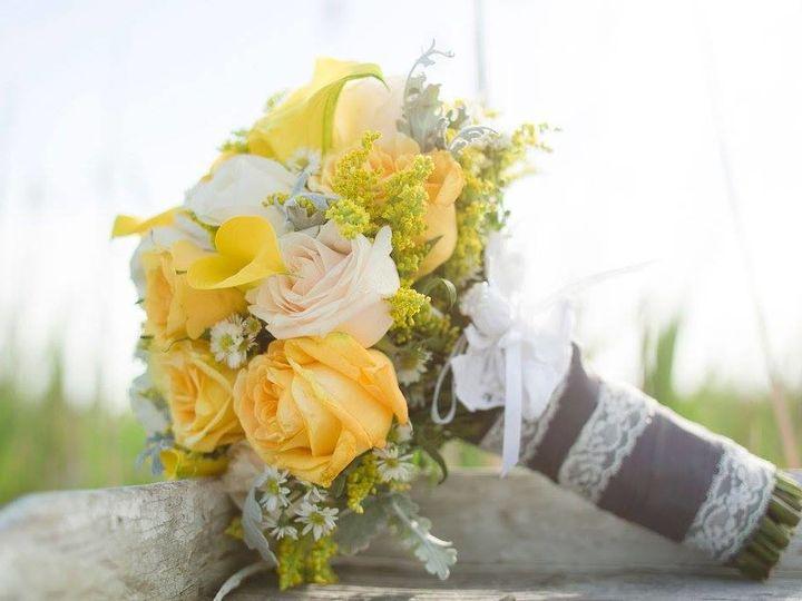 Tmx 1511129535589 11229584101017960363756624284145529455175168o Holbrook, NY wedding florist