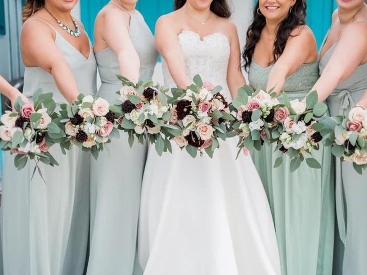 Tmx 49938170 2060149290740679 668601763741302784 N 51 991653 1565549943 Holbrook, NY wedding florist