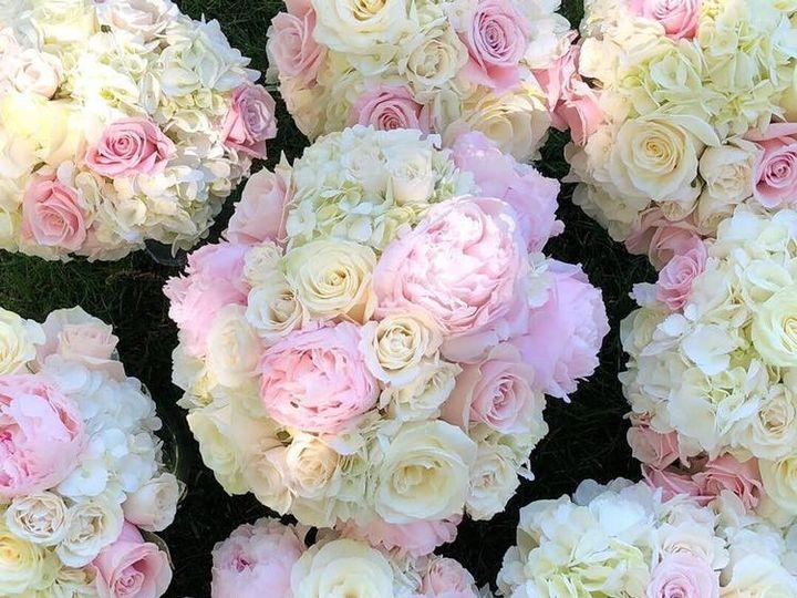 Tmx 62398368 2286870281401911 8575428868238737408 N 51 991653 1565549997 Holbrook, NY wedding florist