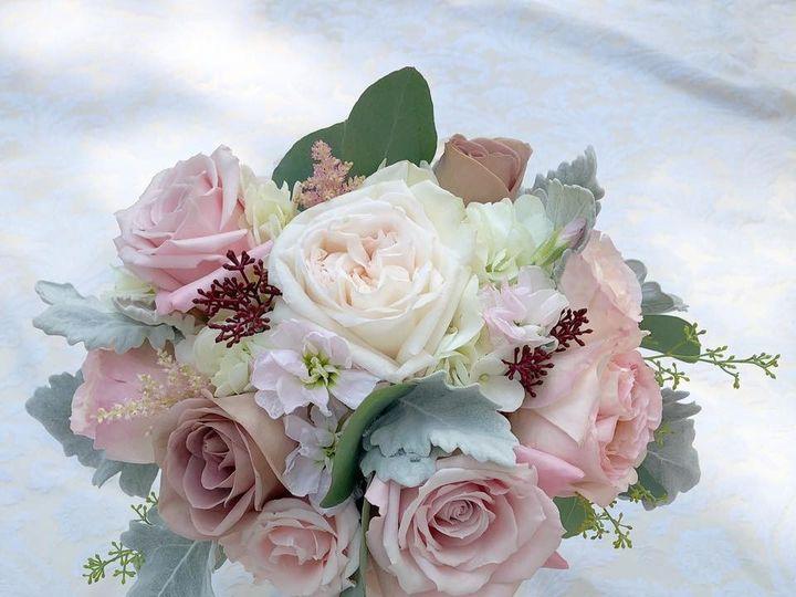 Tmx 66354107 2362032190552386 2281088883598819328 N 51 991653 1565549849 Holbrook, NY wedding florist