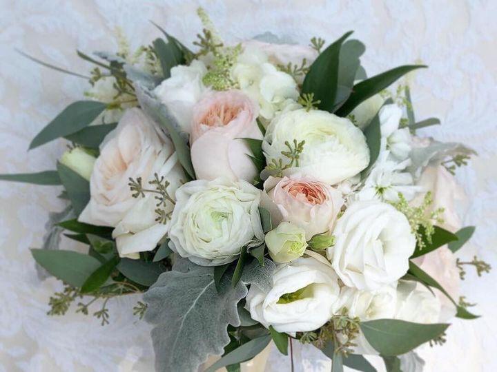 Tmx 67450931 2362032137219058 6184884499742982144 N 51 991653 1565549797 Holbrook, NY wedding florist