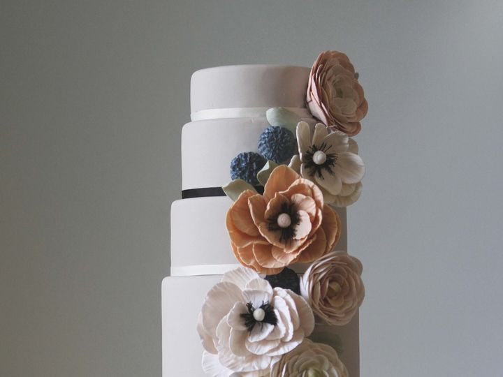 Tmx 1386705523326 Antointette10 West Hollywood wedding cake