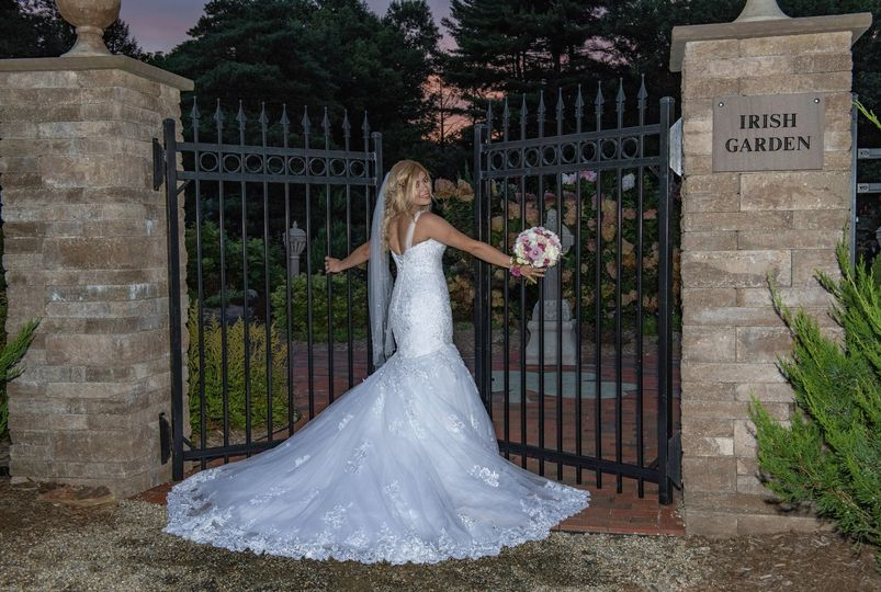 Bride at Wickham Park