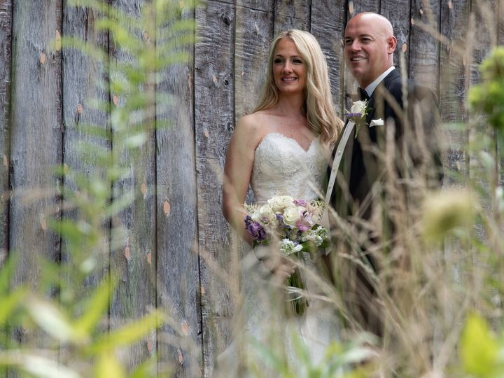 Tmx Bride And Groom In Flowers 51 184653 1562001904 Berlin, CT wedding videography