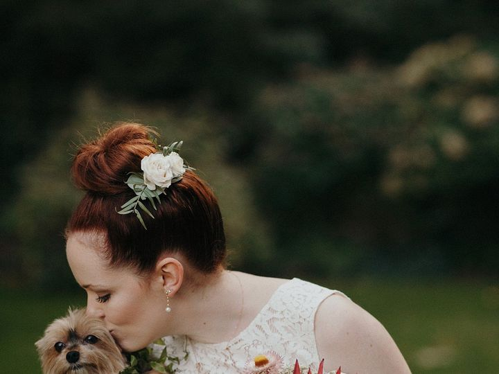 Tmx Dog Flower Girl Wedding Day Pnw Photographer 2 51 1294653 158623891391777 Portland, OR wedding planner