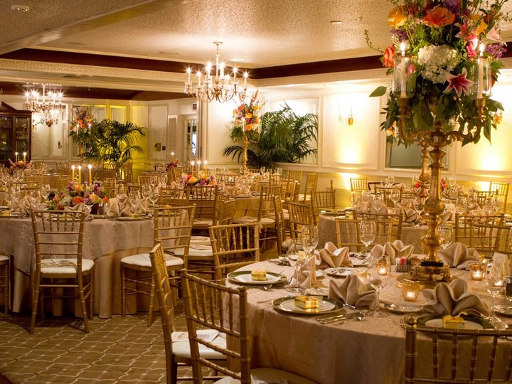 Tmx Gold Chairs 51 46653 Lancaster, PA wedding venue