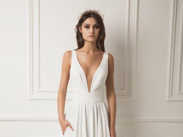 Tmx Julia 51 78653 New York, NY wedding dress