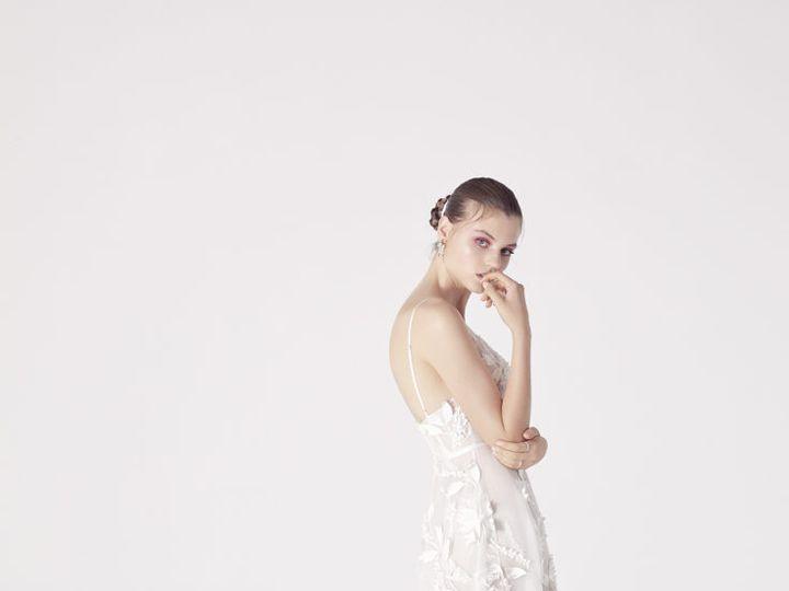 Tmx Sh 2 51 78653 New York, NY wedding dress