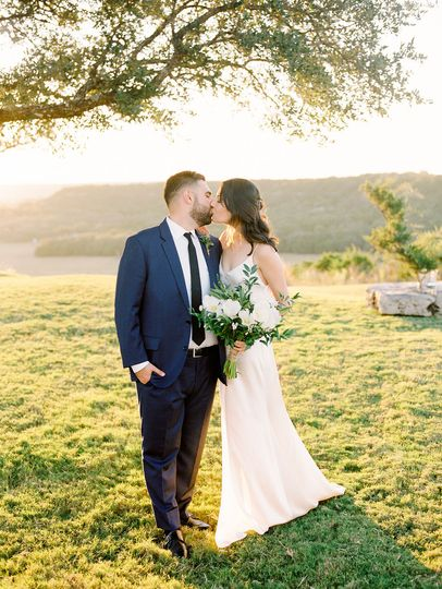 austin film wedding photographer contigo ranch modern 102 51 975753
