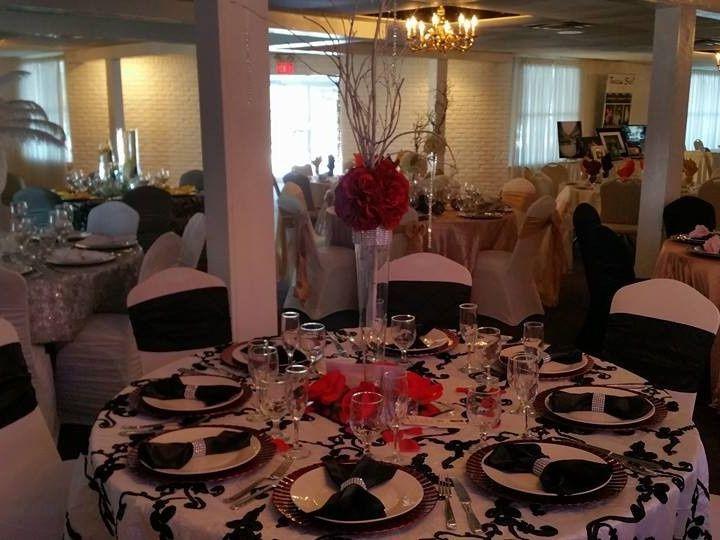 Tmx 1421439429427 108982617962625304412075103352857387474467n Elyria, OH wedding rental