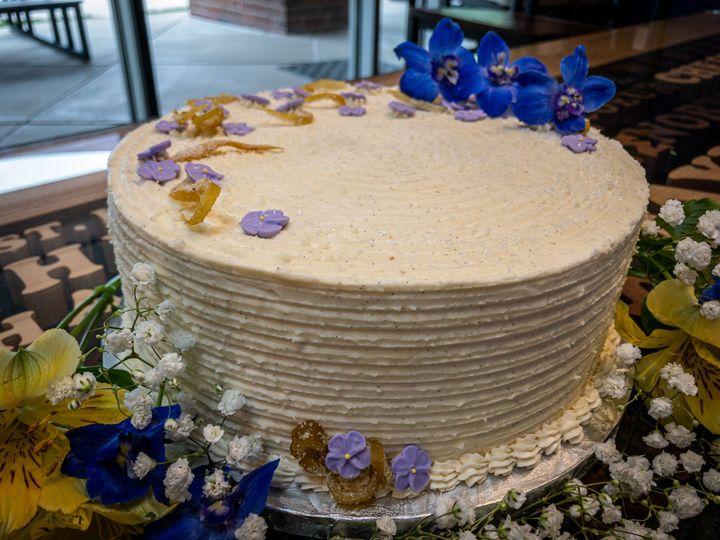 Vanilla Cake with Lemon layer