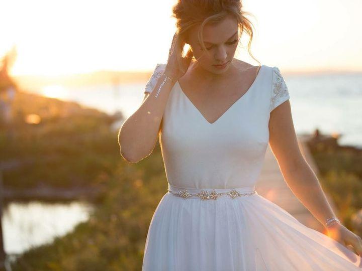 Tmx 1516322757 8c254fed1d8eeab8 1516322756 E4602d71dba8a0e1 1516322753417 1 33ACFA86 C328 412C Bellingham wedding beauty