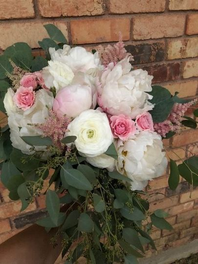 Blush peonies with soft accents & greenery