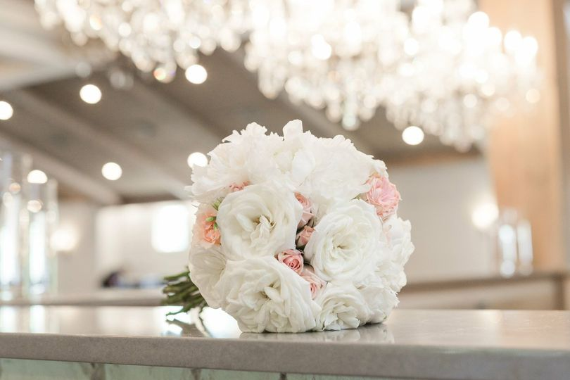 White florals with accents of blush pink