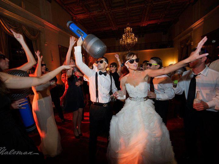 Tmx 1508080791 D6b3d3b82bd69812 1465508285051 850x567x32jessimichaelmalomanphotographers40.jpg Miami, FL wedding band