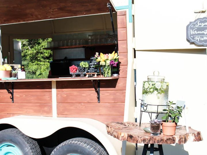Tmx 1527374300 642cbc97597b7195 1527374299 9edac0a8ebcc59d4 1527374299603 1 Tipsy Trailer Eugene, OR wedding catering