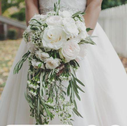 Brides hand tie bouquet