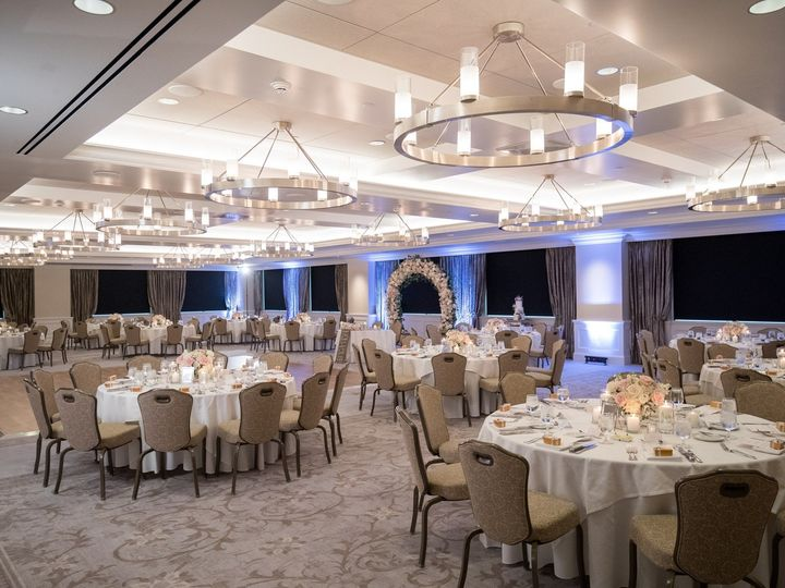 Tmx 2018 06 16 Annie Erics Wedding Details Establishing 0053 51 744853 1562886097 Anaheim, CA wedding venue