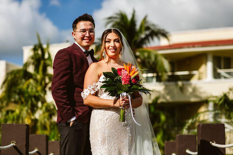 Mr. & Mrs. Carlos Hernandez