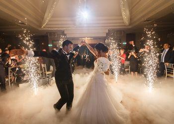 Chateau Wedding Sparklers