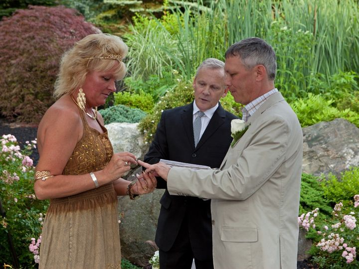 Tmx Murphy 105 51 95853 1564535893 Windham, New Hampshire wedding officiant