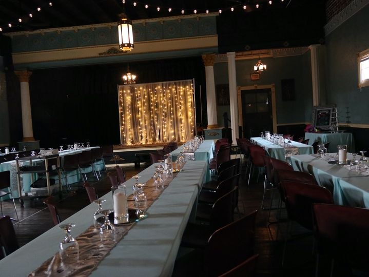 Seating Table