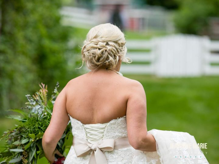 Tmx Emileetravis Hope Glenn Farm Jeannine Marie Photography 0118 51 407853 Saint Paul, MN wedding beauty