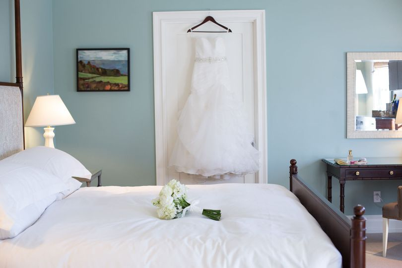 Get ready for your Hamptons wedding in one of our beautifully decorated rooms.