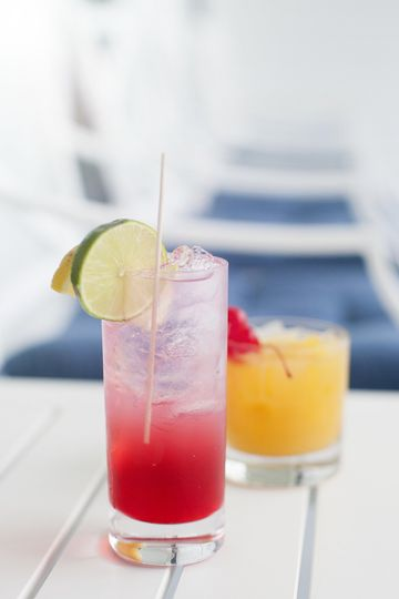 Enjoy a refreshing cocktail before dinner in our beautiful courtyard.