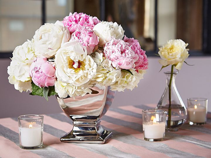 Tmx 1473352530490 013ashleyavilaphotosimplicitygr Grand Rapids, Michigan wedding florist