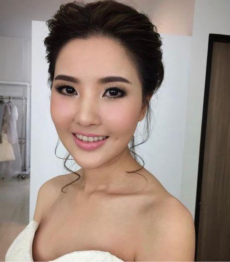 Elegant bridal makeup and updo