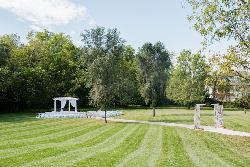 West lawn/outdoor ceremony