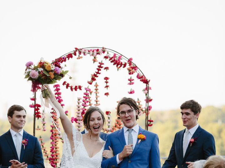 Tmx E97c6abc 52bb 492c 9e1d 7d655f89e12b 51 1073953 157651374749795 Chattanooga, TN wedding florist