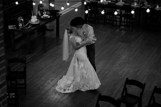 Tmx 1515824548 Cfb5e35eb929f4e8 1515824547 5a78ad2aa8a75d6b 1515824547353 3 21740556 510478139 Claremore, Oklahoma wedding venue