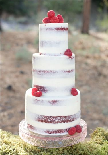 Semi naked strawberry cake