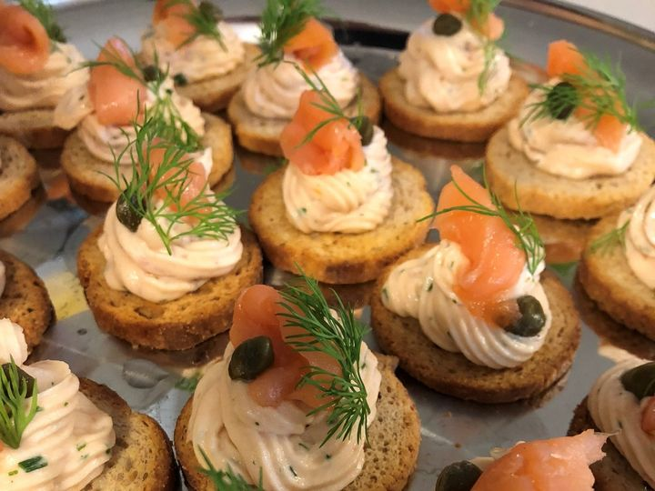 Tmx 1526579574 C6e5a863a50c139d 1526579572 7548db5c4a61f902 1526579568742 16 Salmon Sanford wedding catering