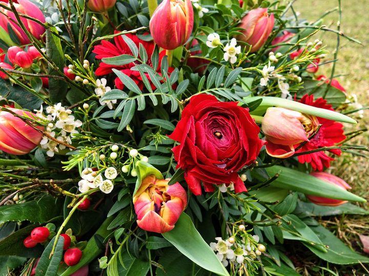 Tmx Twigs Flowers And Gifts Arrangement Bouquet 8 51 1016953 V1 Encinitas, CA wedding florist