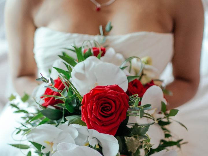 Tmx Twigs Flowers And Gifts Arrangement Bouquet Bridal 51 1016953 V1 Encinitas, CA wedding florist