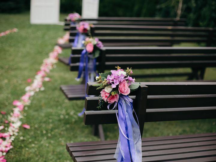 Tmx Twigs Flowers And Gifts Arrangement Pew Chair 51 1016953 V1 Encinitas, CA wedding florist