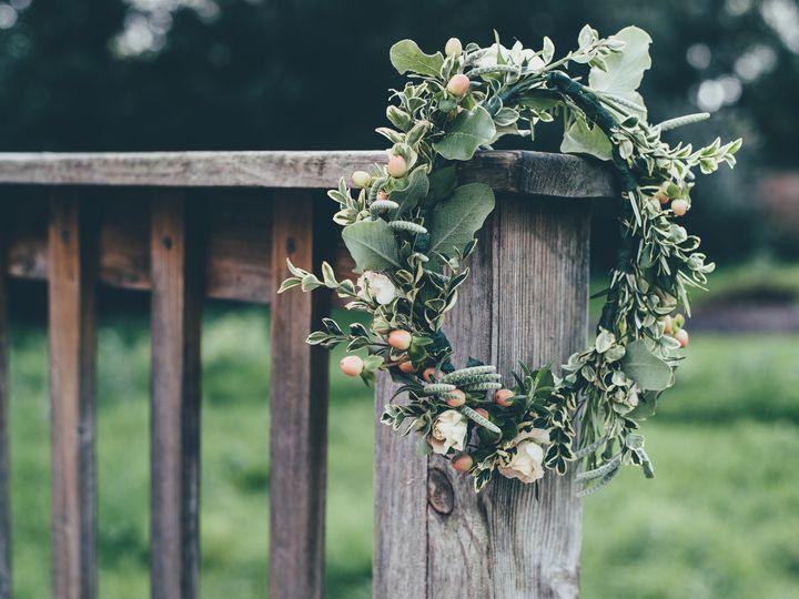 Tmx Twigs Flowers And Gifts Arrangement Wreath 2 51 1016953 V1 Encinitas, CA wedding florist
