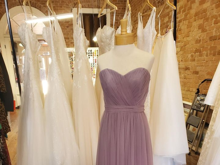 Tmx 20201005 130104 51 1947953 160286767576466 Bastrop, TX wedding dress