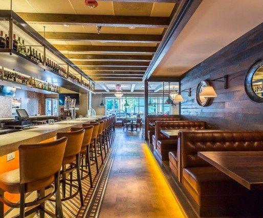 Bar at the Windsor