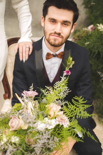 The groom and florals - Stephen Falbo Photography