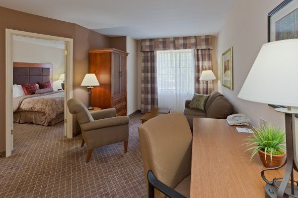 Staybridge Suites Chantilly One Bedroom Suite