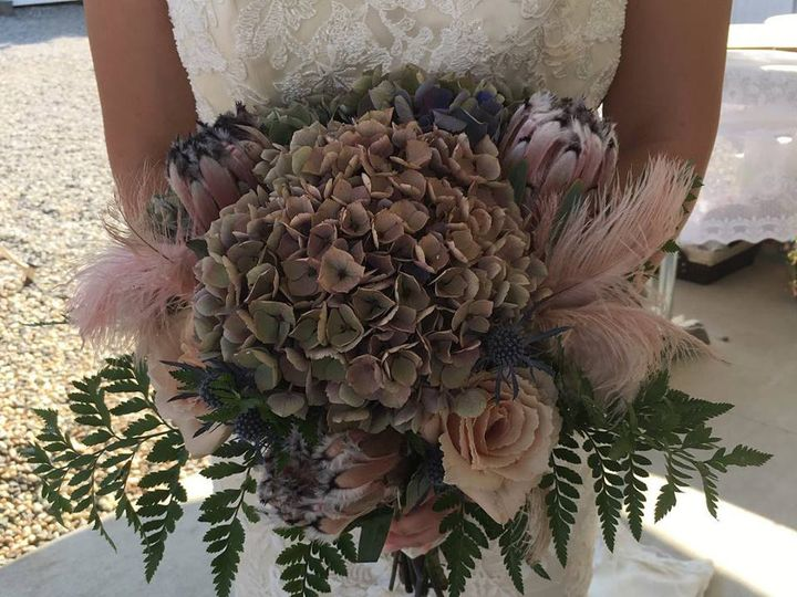 Tmx Floral 3 51 1043063 V2 Rocklin, CA wedding planner