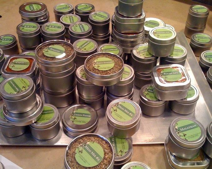 Spice tins available in three sizes. 1oz tin not shown