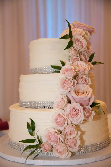 Blush Wedding cake Flowers